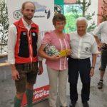 vlnr. OL Paul Größbacher, Gewinnerin Angela Bernreiter und Franz Scheidinger (c) Reinhold Weber
